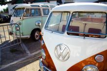Cars outside Surfguitar101